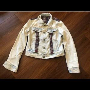 Free People Size 6 Acid Wash Crop Denim Jacket